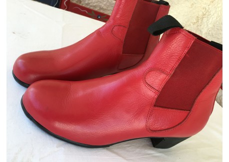 Flamenco boots  ArteFYL - piel roja - size 39 1/2