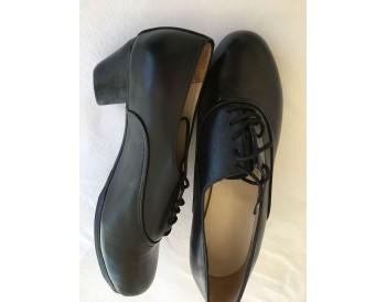 Cañailla caballero - piel negro - cosidos - talla 39