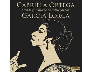 Gabriela Ortega con la guitarra de Antonio Arenas. García Lo